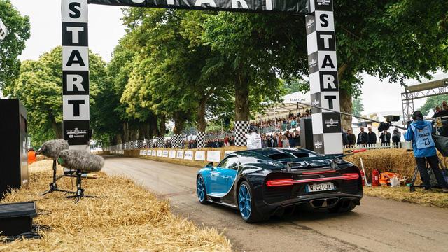 Binh đoàn gần 10.000 mã lực của Bugatti đại náo tại lễ hội Goodwood 2017 - Ảnh 6.