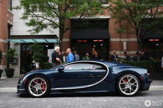 Siêu phẩm Bugatti Chiron đầu tiên cập bến Canada - Ảnh 7.