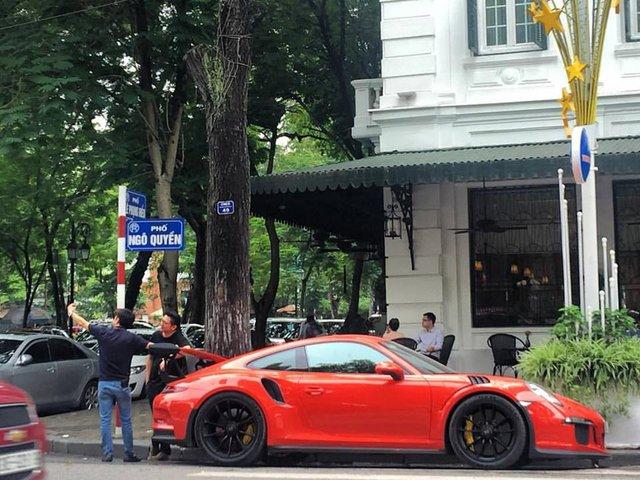 Cường Đô-la tậu thêm siêu xe Porsche 911 GT3 RS Coupe độc nhất Việt Nam - Ảnh 4.