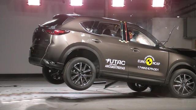 Thêm 70 triệu đồng, khách hàng nhận được gì từ Mazda CX-5 2018? - Ảnh 2.
