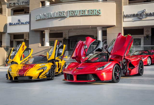 Chiêm ngưỡng bộ sưu tập siêu xe 50 triệu USD của đại gia bị hãng Ferrari từ chối bán LaFerrari Aperta - Ảnh 8.