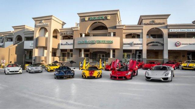 Chiêm ngưỡng bộ sưu tập siêu xe 50 triệu USD của đại gia bị hãng Ferrari từ chối bán LaFerrari Aperta - Ảnh 6.
