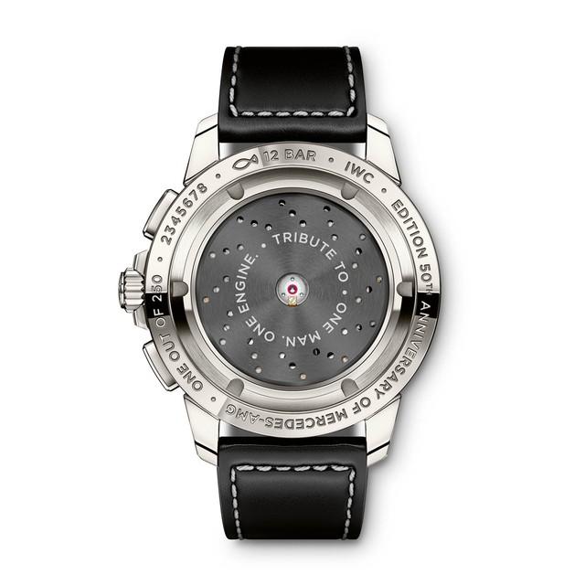 IWC cho ra mắt đồng hồ giới hạn kỷ niệm 50 năm thành lập của AMG - Ảnh 4.