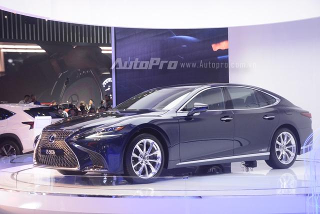 Khám phá Lexus LS 500h 2018, ngập tràn công nghệ, thiết kế đẹp mắt, tiết kiệm nhiên liệu - Ảnh 1.