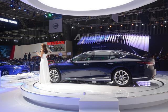 Khám phá Lexus LS 500h 2018, ngập tràn công nghệ, thiết kế đẹp mắt, tiết kiệm nhiên liệu - Ảnh 5.