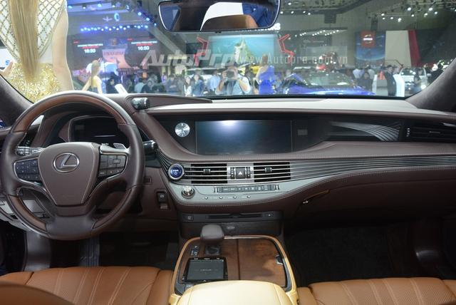 Khám phá Lexus LS 500h 2018, ngập tràn công nghệ, thiết kế đẹp mắt, tiết kiệm nhiên liệu - Ảnh 12.