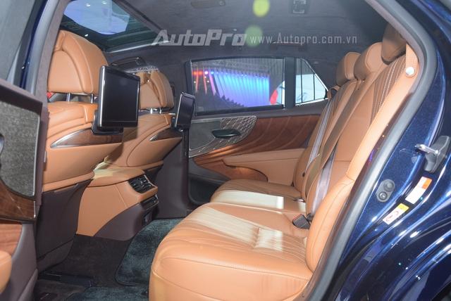 Khám phá Lexus LS 500h 2018, ngập tràn công nghệ, thiết kế đẹp mắt, tiết kiệm nhiên liệu - Ảnh 11.