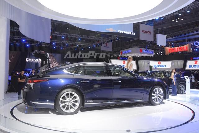 Khám phá Lexus LS 500h 2018, ngập tràn công nghệ, thiết kế đẹp mắt, tiết kiệm nhiên liệu - Ảnh 3.