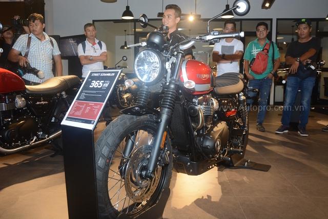 Chi tiết Triumph Street Scrambler giá 365 triệu Đồng, đối thủ nặng ký của Ducati Scrambler tại Việt Nam - Ảnh 1.