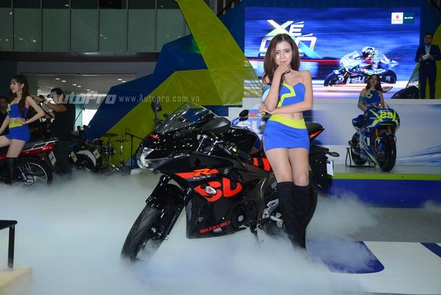 TRỰC TIẾP: Cặp đôi Suzuki GSX-R150 và GSX-S150 là tâm điểm của gian hàng Suzuki tại VMCS 2017 - Ảnh 1.