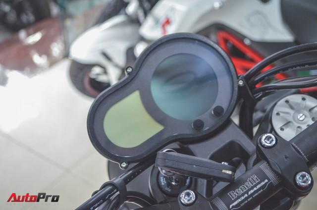 Chi tiết Benelli Leoncino rẻ bằng một nửa Ducati Scrambler Sixty2 vừa về Việt Nam - Ảnh 7.