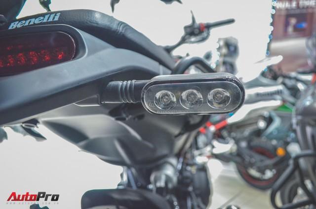 Chi tiết Benelli Leoncino rẻ bằng một nửa Ducati Scrambler Sixty2 vừa về Việt Nam - Ảnh 11.
