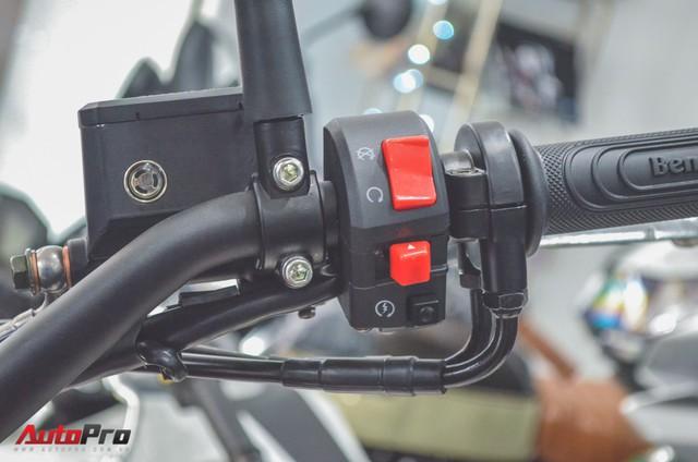 Chi tiết Benelli Leoncino rẻ bằng một nửa Ducati Scrambler Sixty2 vừa về Việt Nam - Ảnh 12.