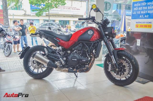 Chi tiết Benelli Leoncino rẻ bằng một nửa Ducati Scrambler Sixty2 vừa về Việt Nam - Ảnh 1.