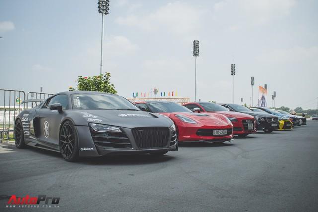 Dàn xe thể thao đa sắc màu đua tốc độ tại Đại Nam - Ảnh 8.