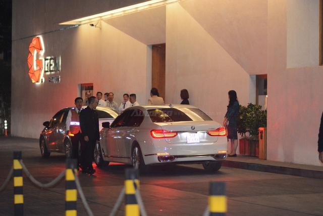 Phan Thành đến dự đám cưới Hoa hậu Thu Thảo trên BMW 740Li 2016 - Ảnh 5.