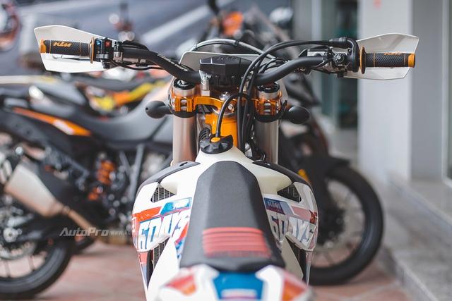 Ngắm nhìn cào cào KTM giá gần 400 triệu Đồng tại Hà Nội - Ảnh 9.