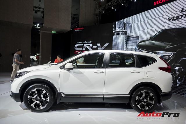 Cận cảnh Honda CR-V 2018 phiên bản cao cấp nhất vừa ra mắt Việt Nam - Ảnh 3.