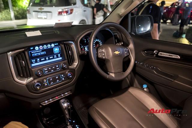 Cận cảnh Chevrolet Colorado Centennial về Việt Nam cuối tháng 11, số lượng 100 chiếc, giá 849 triệu và chỉ có màu trắng - Ảnh 7.