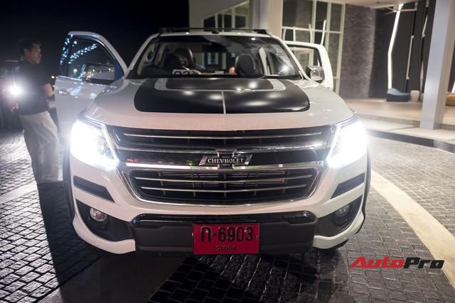 Cận cảnh Chevrolet Colorado Centennial về Việt Nam cuối tháng 11, số lượng 100 chiếc, giá 849 triệu và chỉ có màu trắng - Ảnh 1.