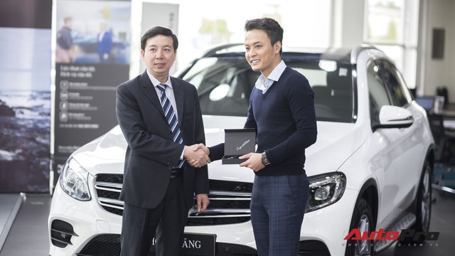 Bán Hyundai SantaFe, Hồng Đăng Người phán xử lên đời xe sang Mercedes-Benz GLC300 - Ảnh 1.