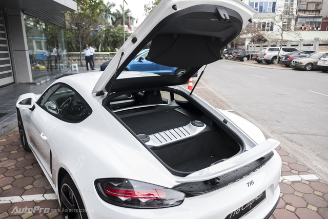 Khám phá Porsche 718 Cayman giá 4,5 tỷ Đồng tại Việt Nam - Ảnh 10.