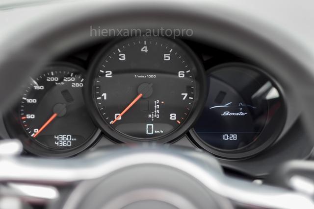 Cận cảnh Porsche 718 Boxster giá 4,5 tỉ đồng tại Việt Nam - Ảnh 13.