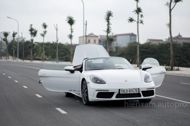 Cận cảnh Porsche 718 Boxster giá 4,5 tỉ đồng tại Việt Nam - Ảnh 17.