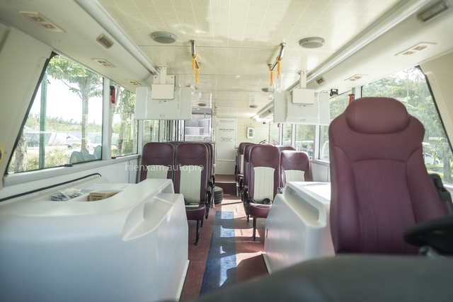 Khám phá và trải nghiệm xe buýt 2 tầng mới được bàn giao tại Đà Nẵng - Ảnh 4.