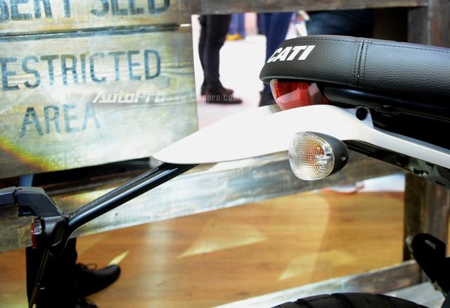 Chi tiết Ducati Scrambler Desert Sled 2017 giá 429 triệu Đồng tại Việt Nam - Ảnh 11.