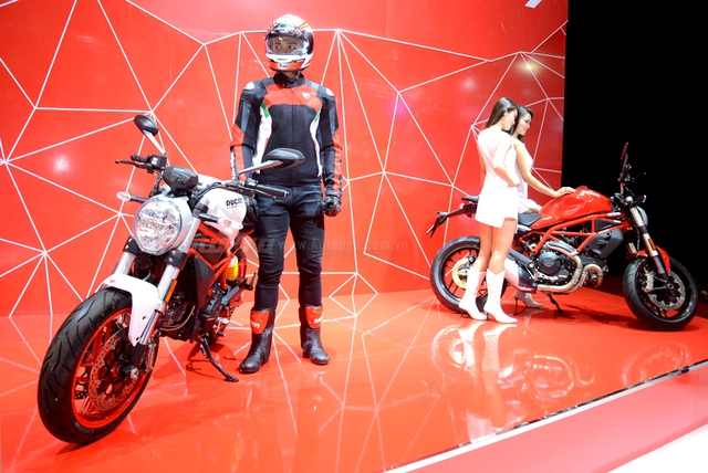Chi tiết Ducati Monster 797 2017 tại thị trường Việt Nam, giá từ 388 triệu Đồng  - Ảnh 1.
