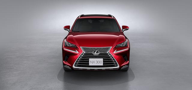 Đấu xe sang bán chạy nhất Việt Nam, Lexus NX300 chốt giá hơn 2,4 tỷ đồng - Ảnh 3.