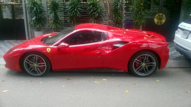 Ferrari 488 Spider đầu tiên tại Việt Nam được cho ra biển số - Ảnh 1.