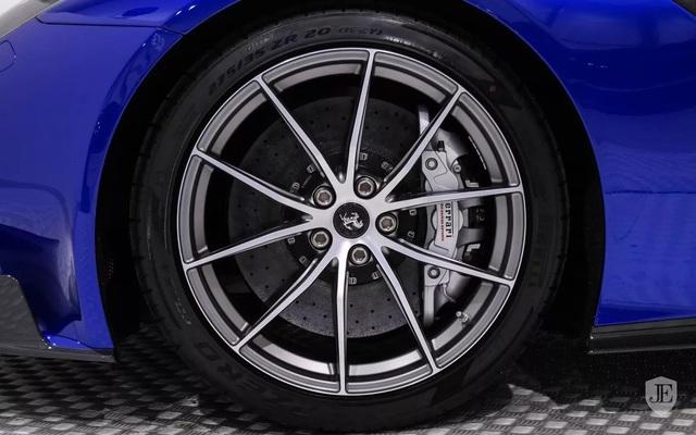 Hàng hiếm Ferrari F12tdf sở hữu ngoại thất lạ mắt được rao bán với mức giá khóc thét - Ảnh 14.