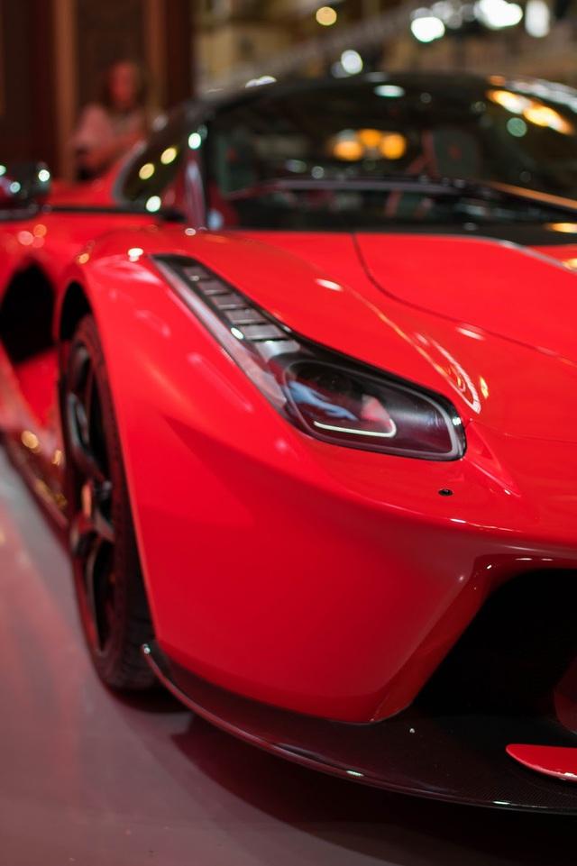 Siêu phẩm Ferrari LaFerrari Aperta ra mắt tại Úc - Ảnh 10.