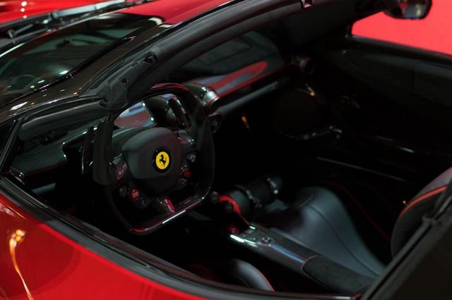 Siêu phẩm Ferrari LaFerrari Aperta ra mắt tại Úc - Ảnh 9.