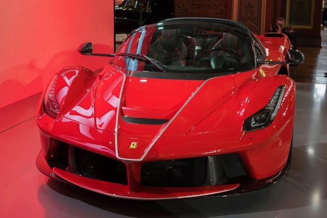 Siêu phẩm Ferrari LaFerrari Aperta ra mắt tại Úc - Ảnh 1.
