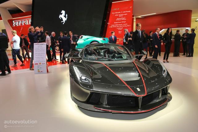 Đây là cơ hội cuối cùng cho các đại gia từng bị hãng Ferrari từ chối bán LaFerrari Aperta - Ảnh 2.