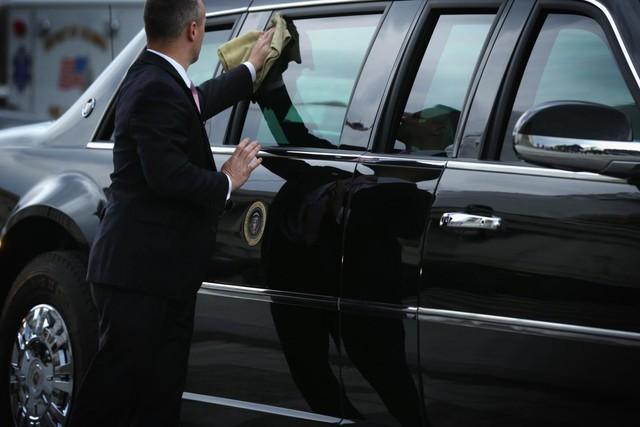 Tân tổng thống Mỹ Donald Trump sử dụng lại xe cũ của ông Obama trong lễ nhậm chức - Ảnh 2.
