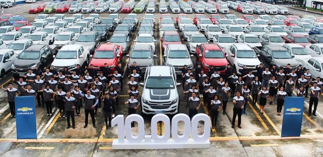 Chevrolet lần đầu bán hơn 10.000 xe/năm tại Việt Nam - Ảnh 1.