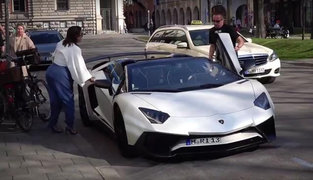 Xem sao bóng đá Franck Ribéry lái Lamborghini Aventador SV Roadster mới tậu - Ảnh 3.