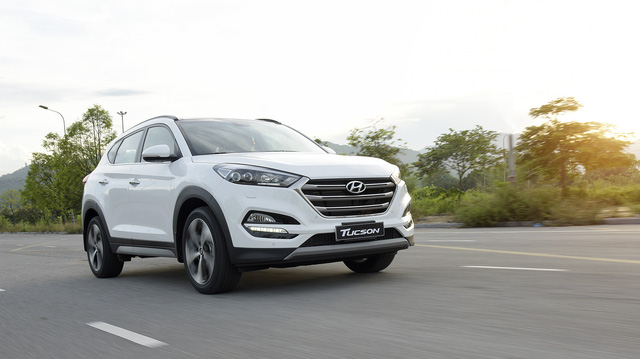 Hyundai Tucson 2017 ra mắt với giá rẻ bất ngờ 815 triệu, Mazda CX-5 và Honda CR-V gặp thách thức lớn