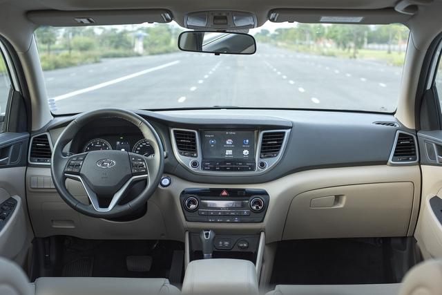 Hyundai Tucson 2017 ra mắt với giá rẻ bất ngờ 815 triệu, Mazda CX-5 và Honda CR-V gặp thách thức lớn - Ảnh 4.