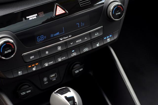 Đấu Mazda CX-5, Hyundai Tucson 2018 tăng phiên bản, bổ sung nhiều trang bị mới - Ảnh 2.