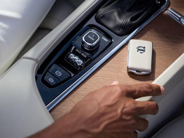 10 mẫu sedan sở hữu công nghệ ấn tượng nhất 2017 - Ảnh 22.