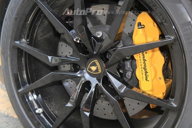 Lamborghini Aventador biển tứ quý 9 được đưa đi làm đẹp - Ảnh 3.