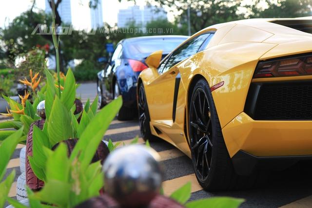 Lamborghini Aventador biển tứ quý 9 được đưa đi làm đẹp - Ảnh 8.