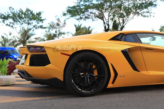 Lamborghini Aventador biển tứ quý 9 được đưa đi làm đẹp - Ảnh 2.