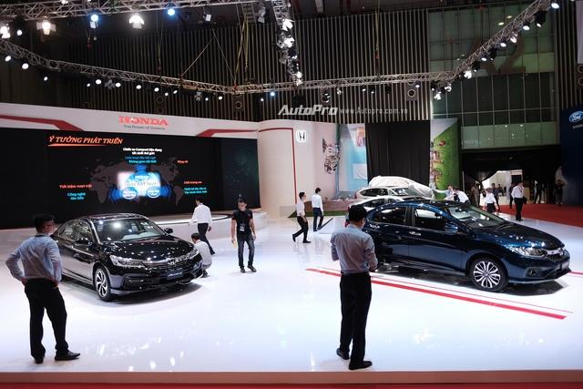 Điểm danh những mẫu xe sẽ gây bão tại Triển lãm Ô tô Việt Nam 2017 - Ảnh 7.