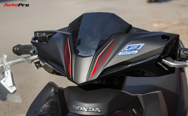 Cận cảnh Honda Air Blade 125 phiên bản kỉ niệm 10 năm giá 41,6 triệu đồng - Ảnh 9.